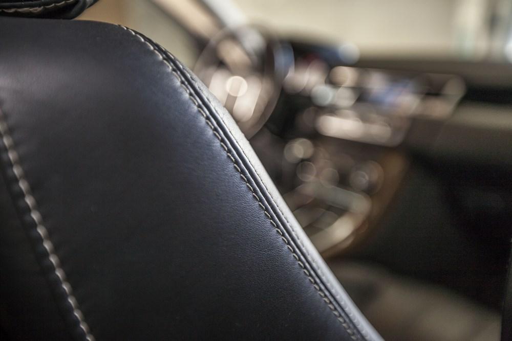 entretien cuirs voiture