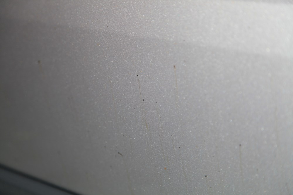 dépollution carrosserie nettoyage a la main