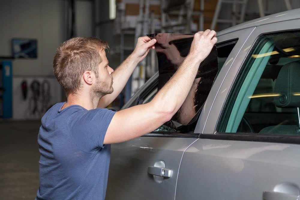 pose de vitres teintees voiture